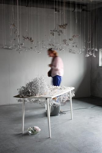 http://www.yukarimatsumoto.nl/files/gimgs/th-39_Flowers_table_walk_web_v2.jpg